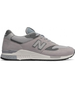 New balance football sneakers turfml840
